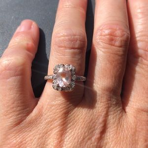 MORGANITE AND DIAMOND ENGAGEMENT RING/rose gold